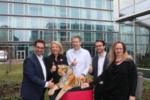 Auf Roadshow mit der NRW Wirtschaftsförderung: Digitales Know-how aus Singapur direkt in deutsche Klassenzimmer